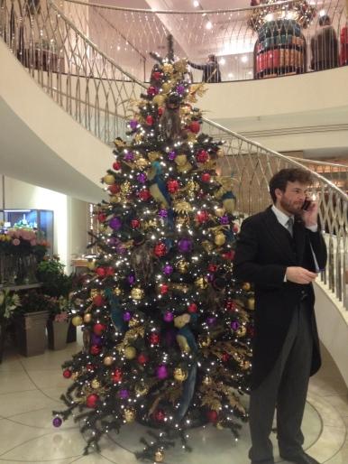 fortnum-and-mason-12-christmas-decorations-2015