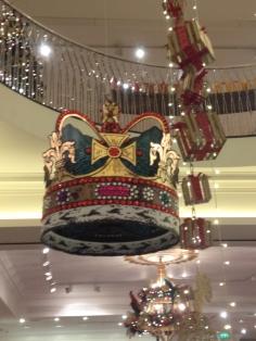 fortnum-and-mason-9-christmas-decorations-2015