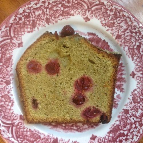 Recette du cake au thé matcha et aux cerises griottes du Tearoom - Chloé Chateau