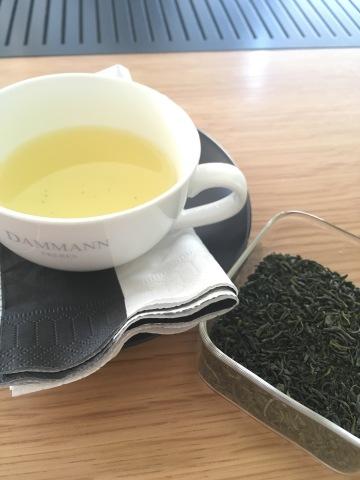 Dégustation thé vert japonais Tamaryokucha avec Marine Sonié chez Dammann Frères - ©Chloé Chateau