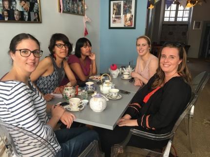Rencontre de blogueuses au Tearoom, salon de thé britannique à Tours - ©Chloé Chateau