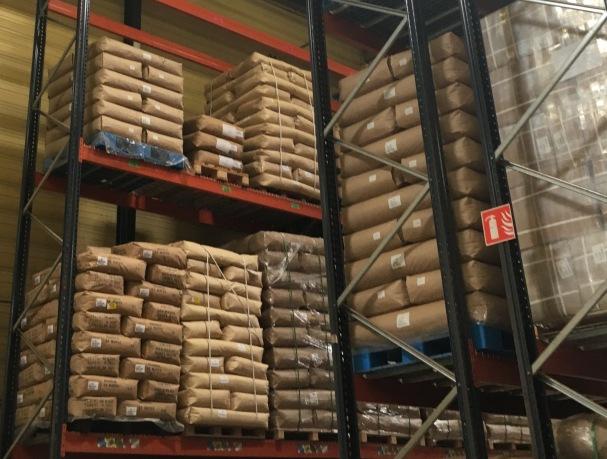 L'usine Dammann Frères à Dreux stocke 200 tonnes de thé environ en permanence - ©Chloé Chateau