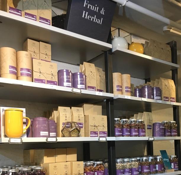 Le rayon tisanes de la boutique Whittard of Chelsea à Covent Garden