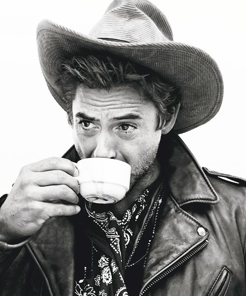 Robert Downey Jr. drinks tea