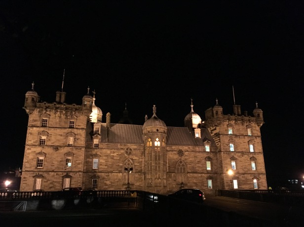 Edinburg by night - ©Chloé Chateau