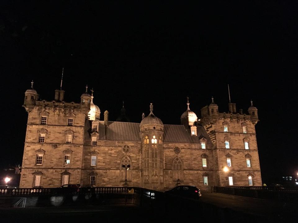Edinburg by night - ©Chloé Chateau
