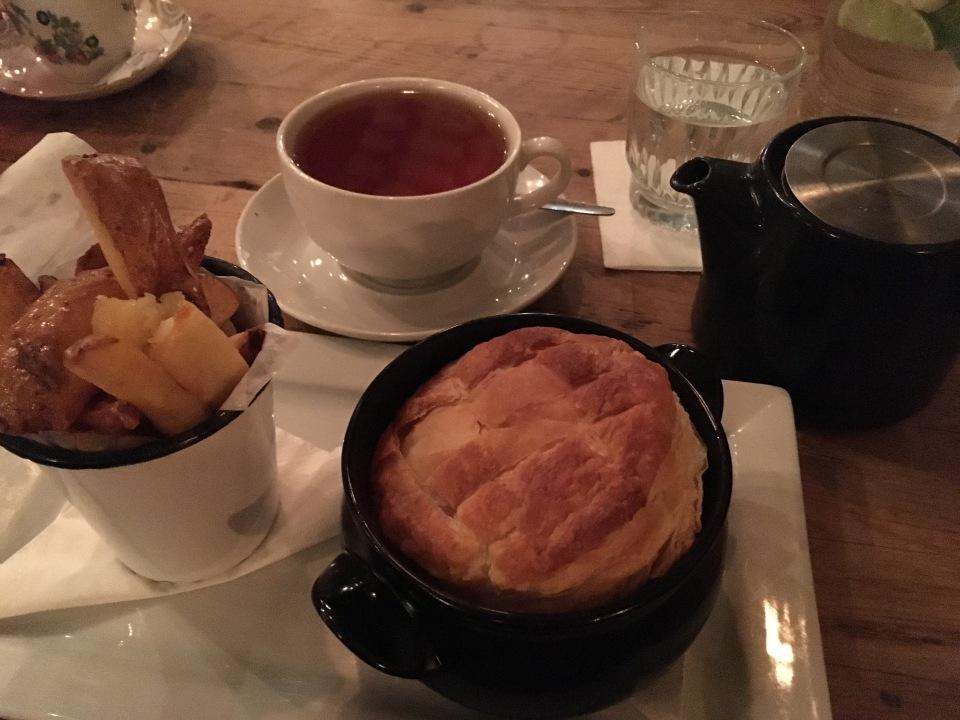 The Blackbird restaurant in Edinburg Steak pie - ©Chloé Chateau