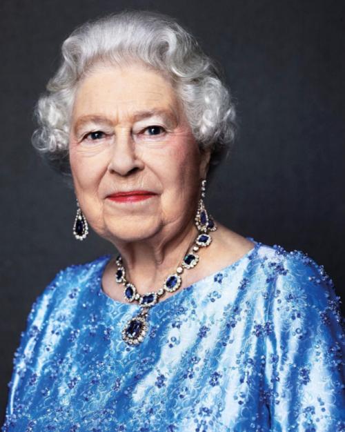La reine Elizabeth II célèbre aujourd'hui son jubilé de saphir