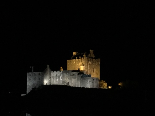 Eilean Donna Castle by night
