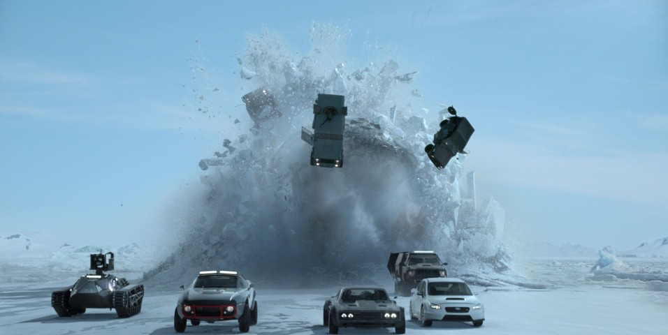 Fast And Furious 8 - Submarine chasing cars on the ice