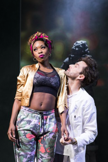 Dominique Moore et David Tennant dans Don Juan in Soho - DR
