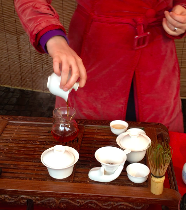 Kristine from The Leaf Bar prepares tea the Chinese way in Cambridge Market