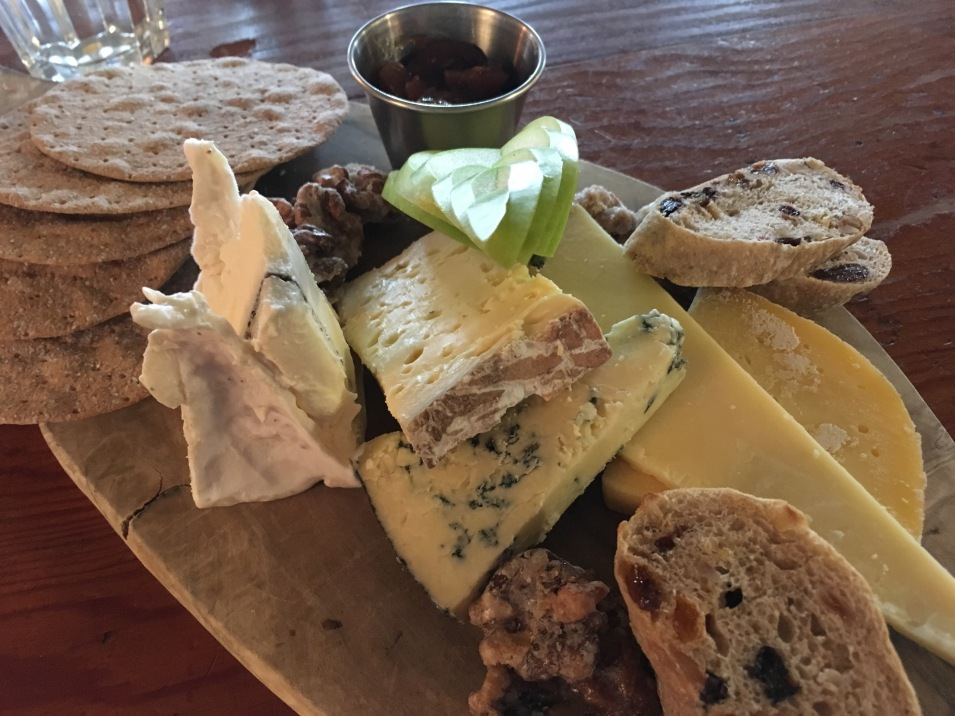 Lunch at the Red Lion restaurant in Grantchester - Cheese board